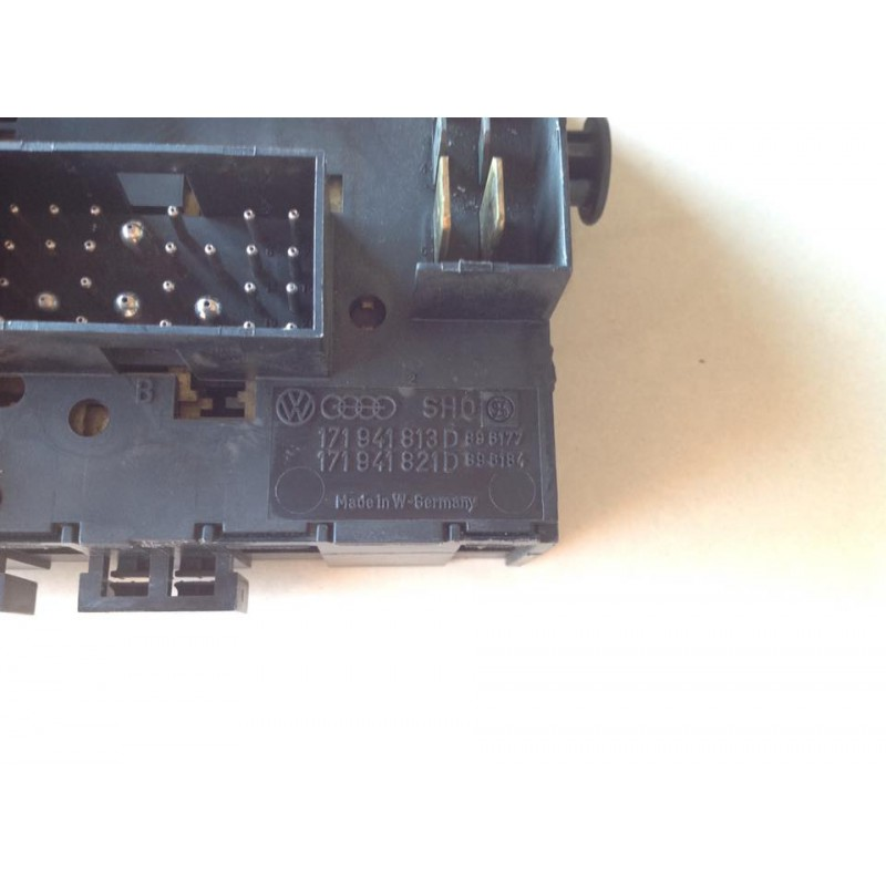Fuse Box For Vw Bus T3 And Golf Mk 1 And Mk 2 - Type17
